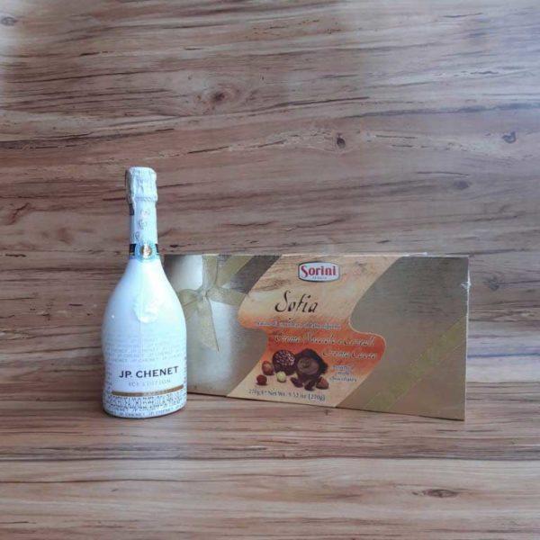 Vino Espumoso JP Chenet Blanco x 750 ml + Estuche Chocolate Sorini Sofía 270 piragua full compra