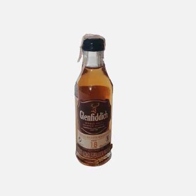 whisky glenfiddich 18 años miniatura 50ml piragua full compra